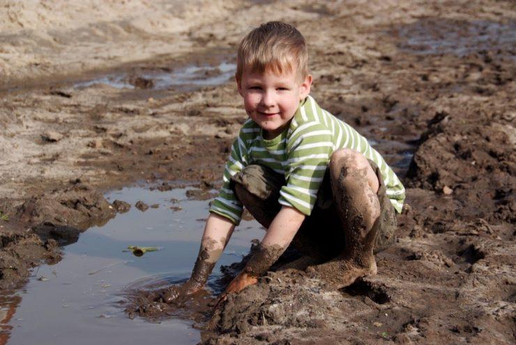 farm kid australia